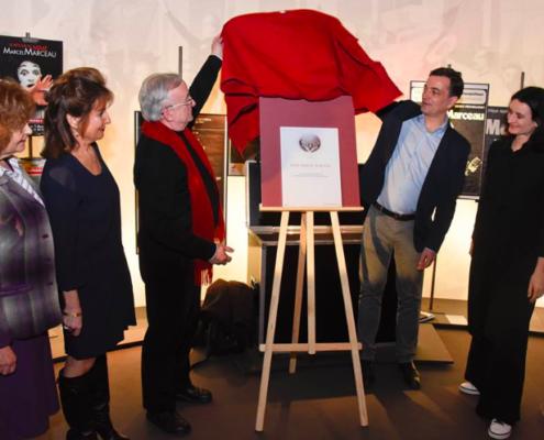 En présence de Michèle Merowka , Tamar Jacobs, Jean Louis de Valmigère, Alain Fontanel, 1er adjoint au maire de Strasbourg et Valérie Bochenek